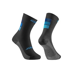 Image: GIANT ELEVATE SOCKS