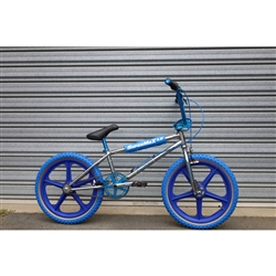 Image: MALVERN STAR SUPERMAX LE 2021 CHROME / BLUE